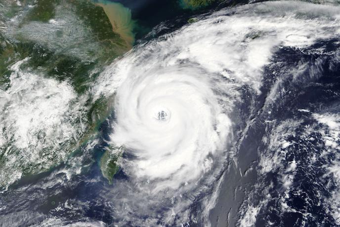 台風被害を未然に防ぐ!地域の特性を知って従業員を守るためのマニュアル作成方法