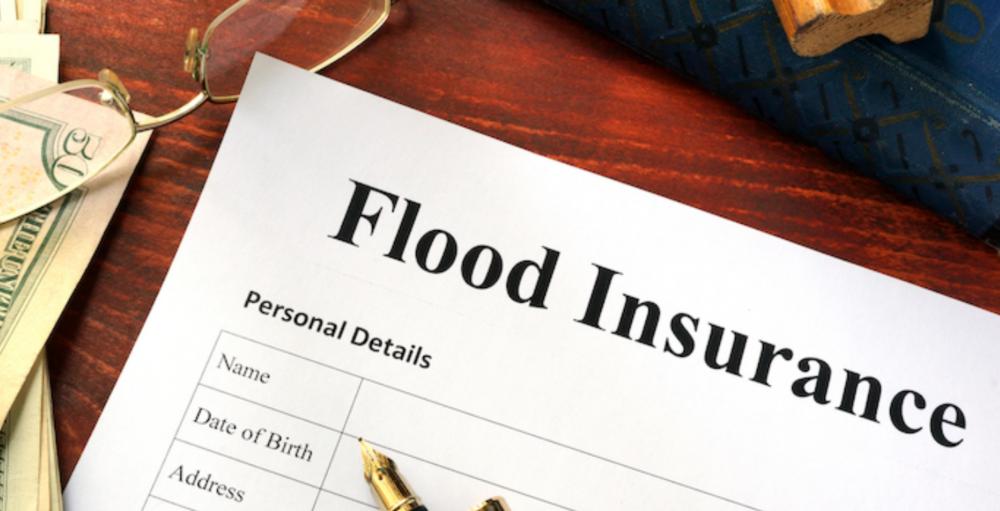 事業者のための水害保険・異常気象による大規模災害に備える